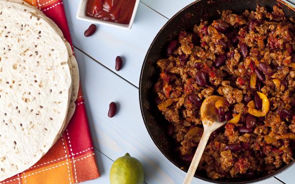 Burritos o wraps con carne y frijoles