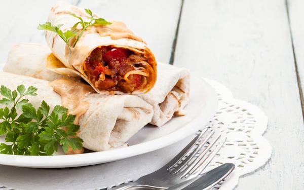 burritos o wraps de ternera y verduras