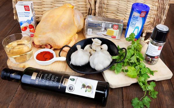 pollo asado con salsa de ajo cremosa