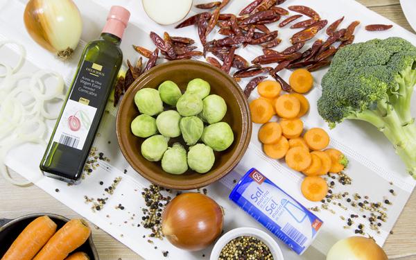 brocoli zanahorias y coles de bruselas al horno