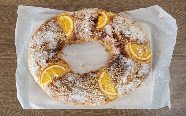 Roscón de Reyes con naranja
