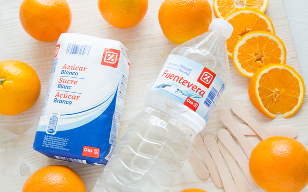 helados de hielo de naranja