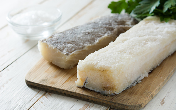 C mo desalar bacalao r pido y f cil demos la vuelta al d a - Como cocinar bacalao congelado ...