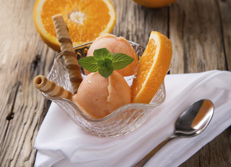 Helado casero de naranja
