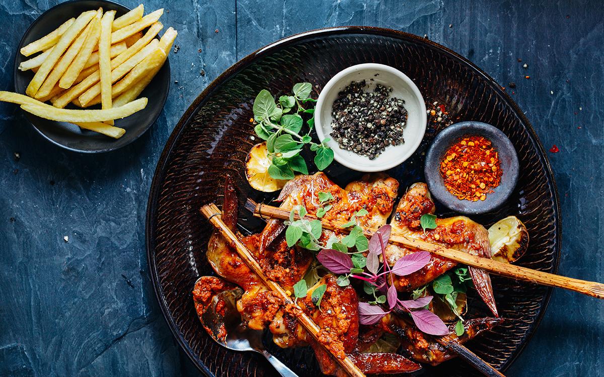 Alitas de pollo asadas con salsa picante