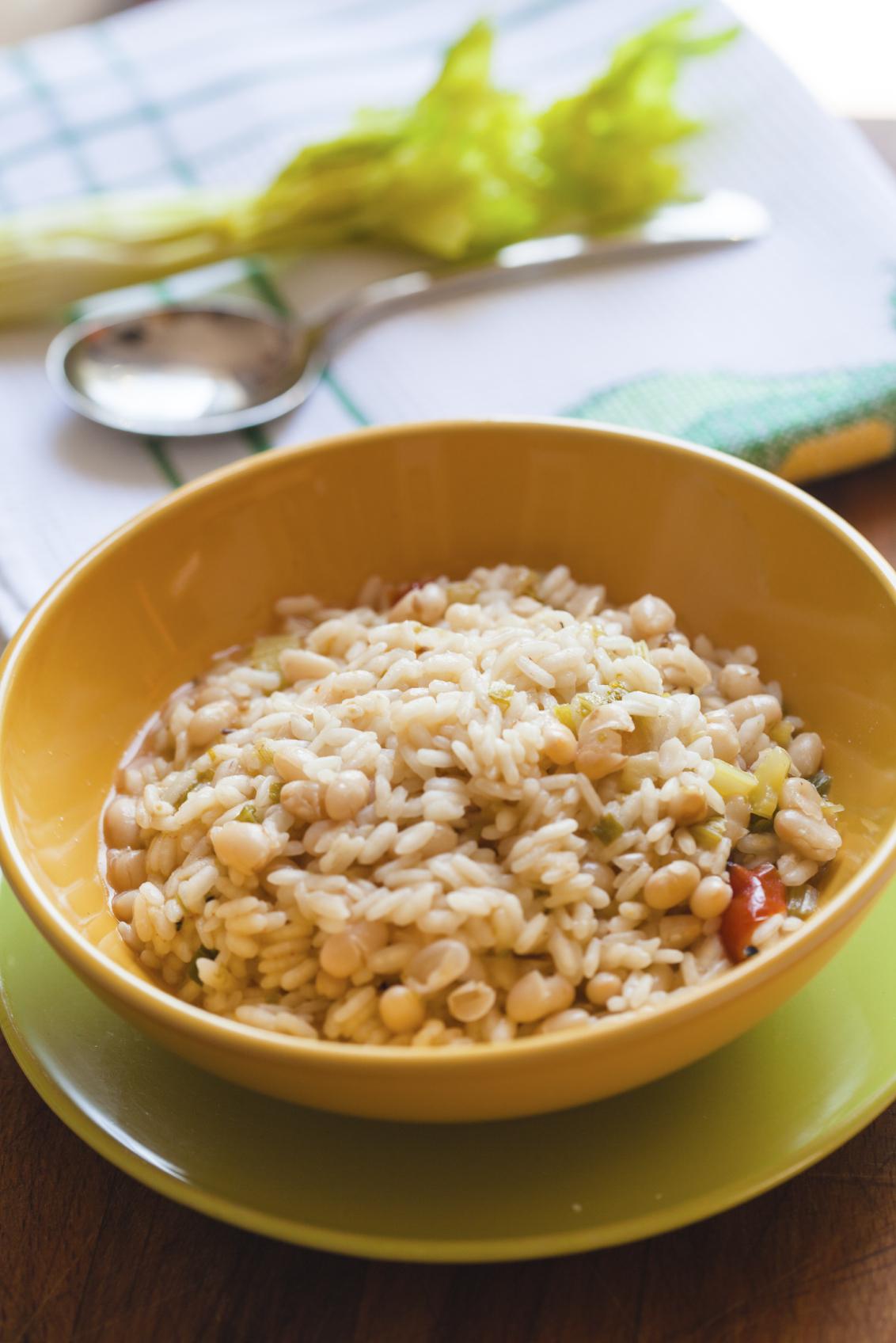 Alubias con arroz e hinojo