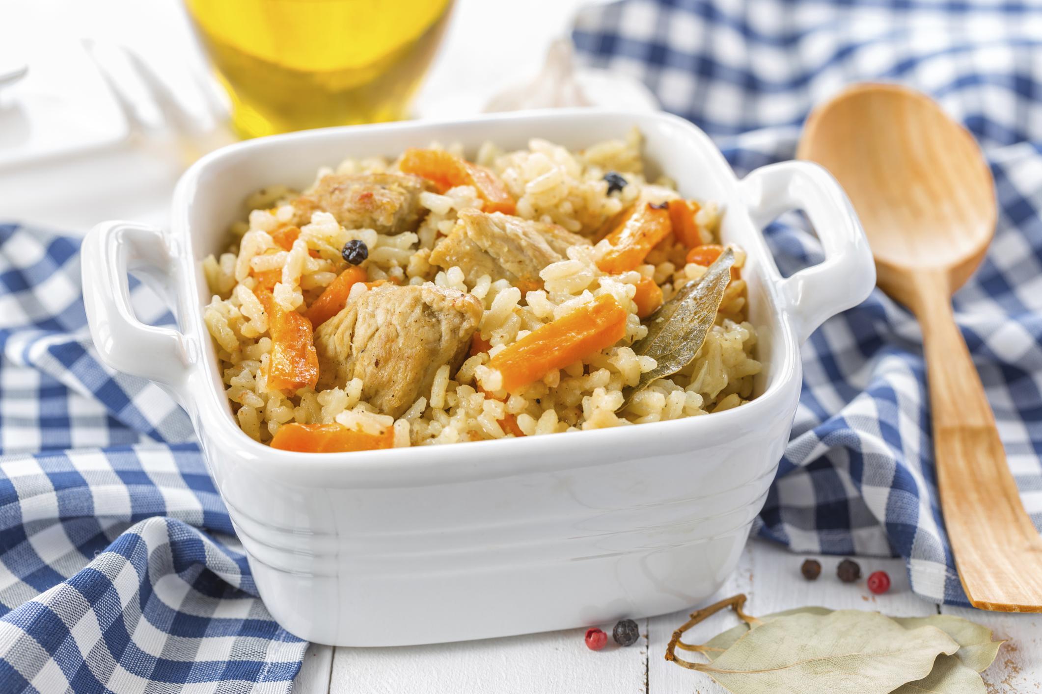 Arroz con pollo y zanahoria