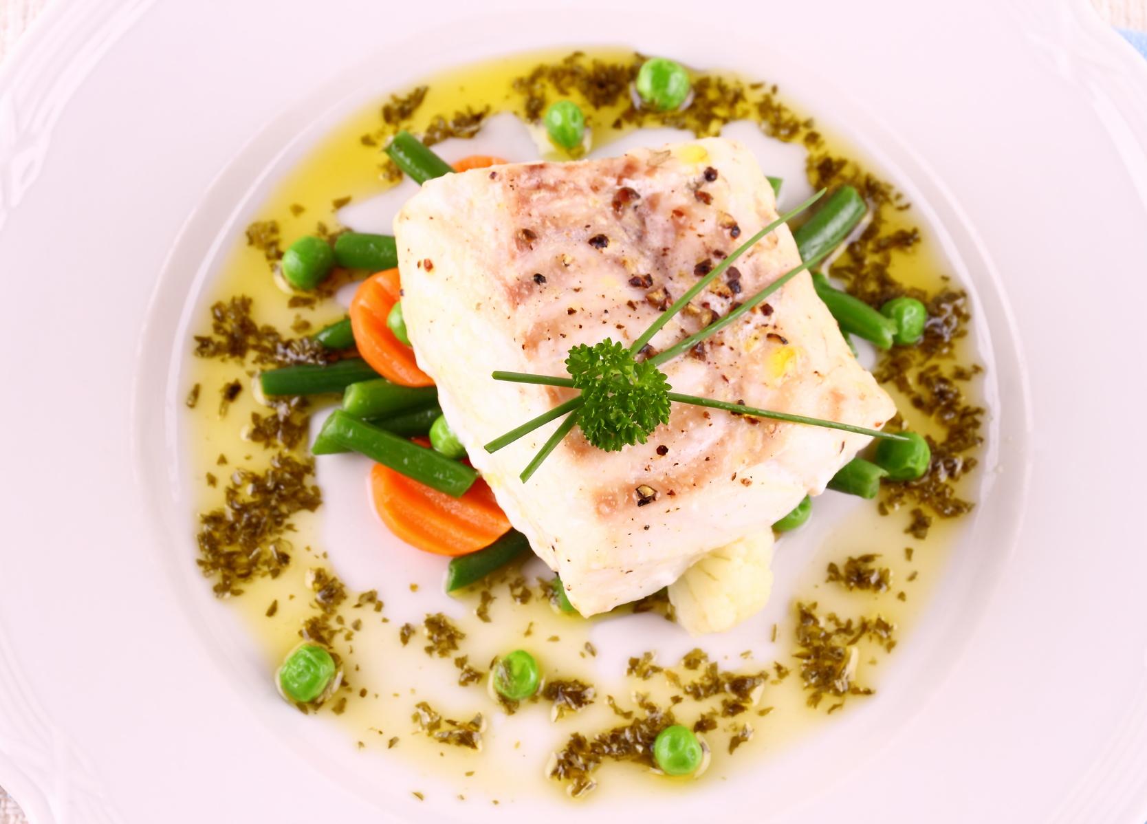 Bacalao al vapor con verduras