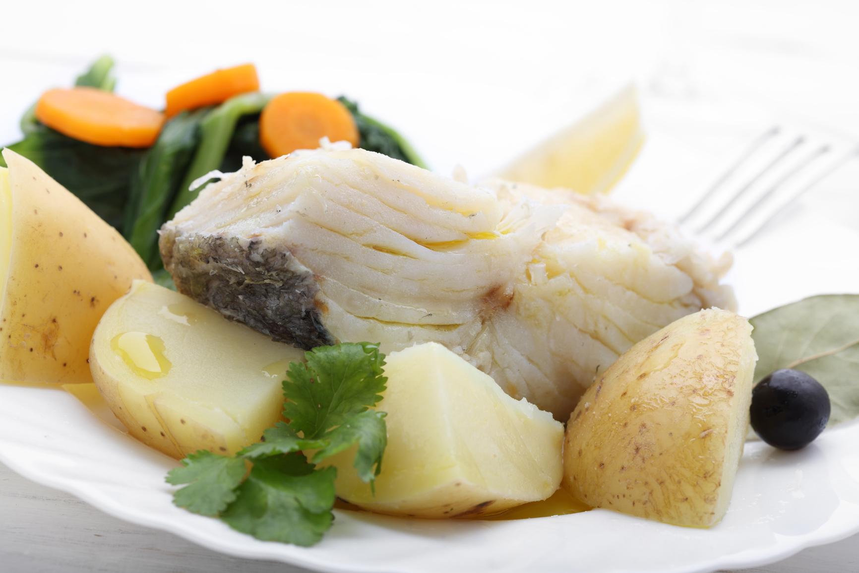 Bacalao con patatas cocidas