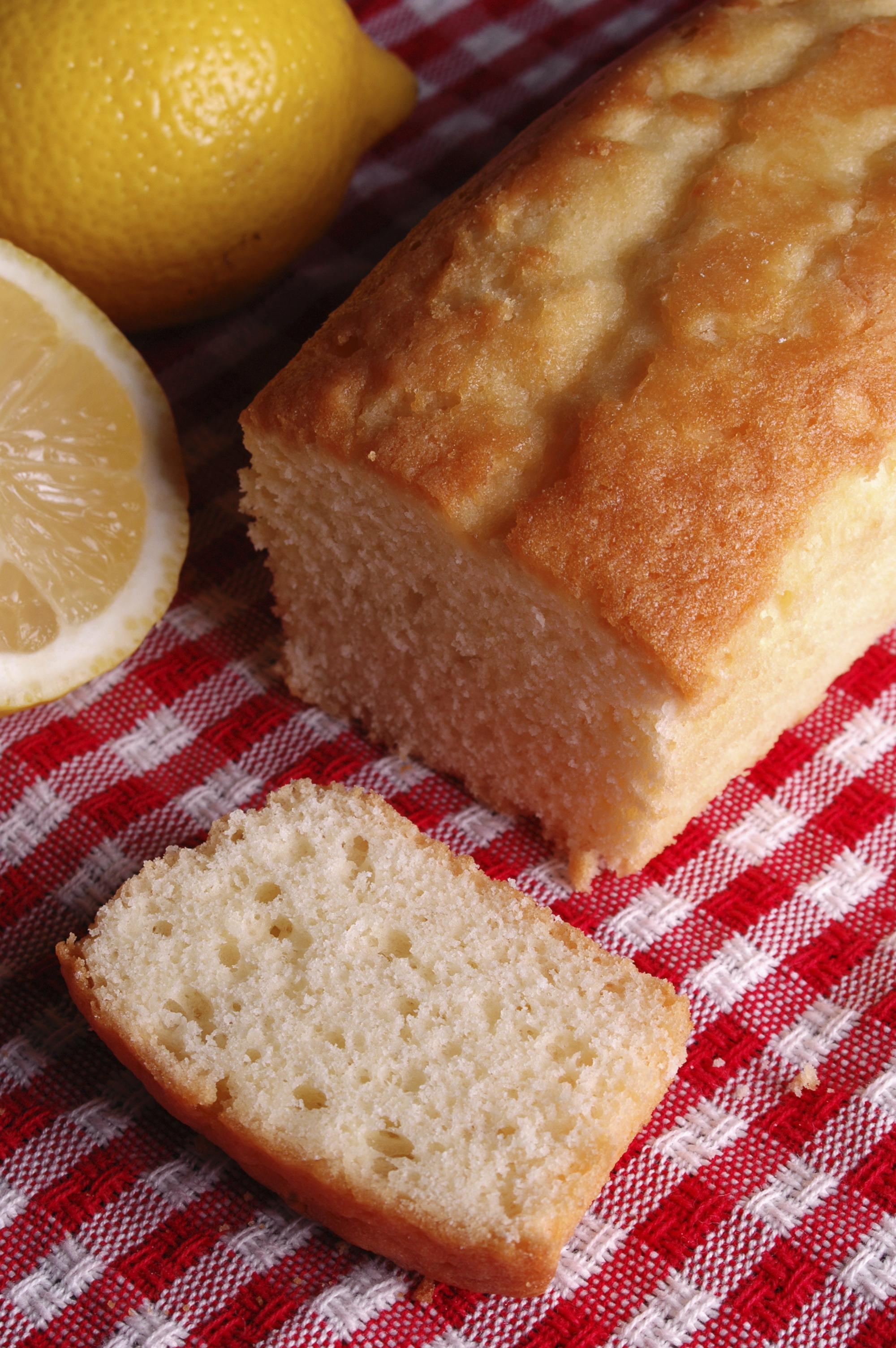 Bizcocho de limón clásico