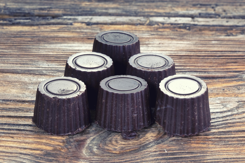 Bombones de dulce de leche con chocolate