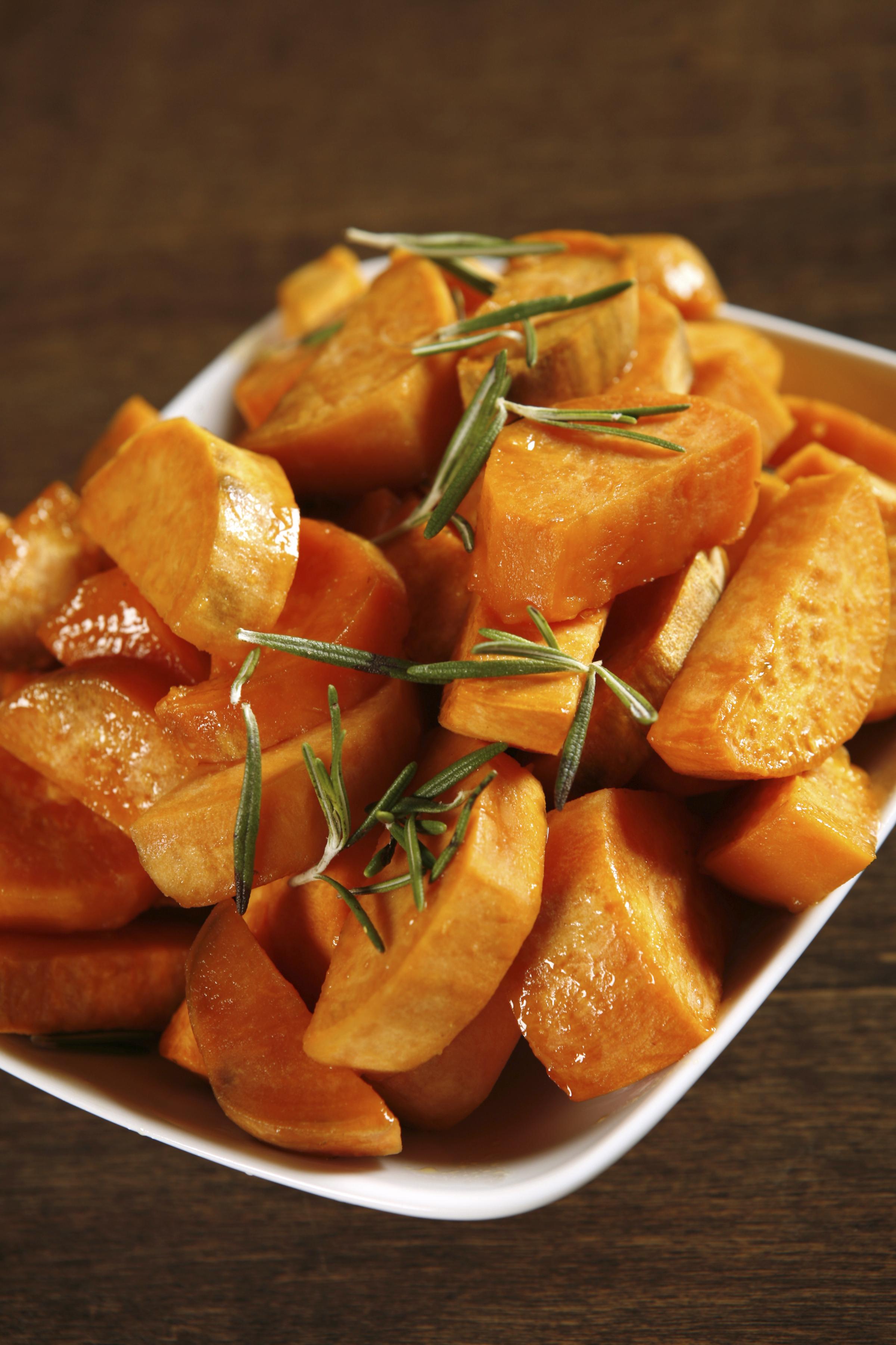 Boniatos asados en almibar de naranjas