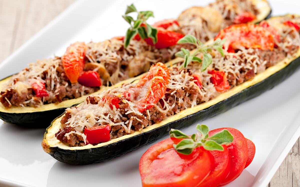 Calabacines rellenos de ternera y verduras