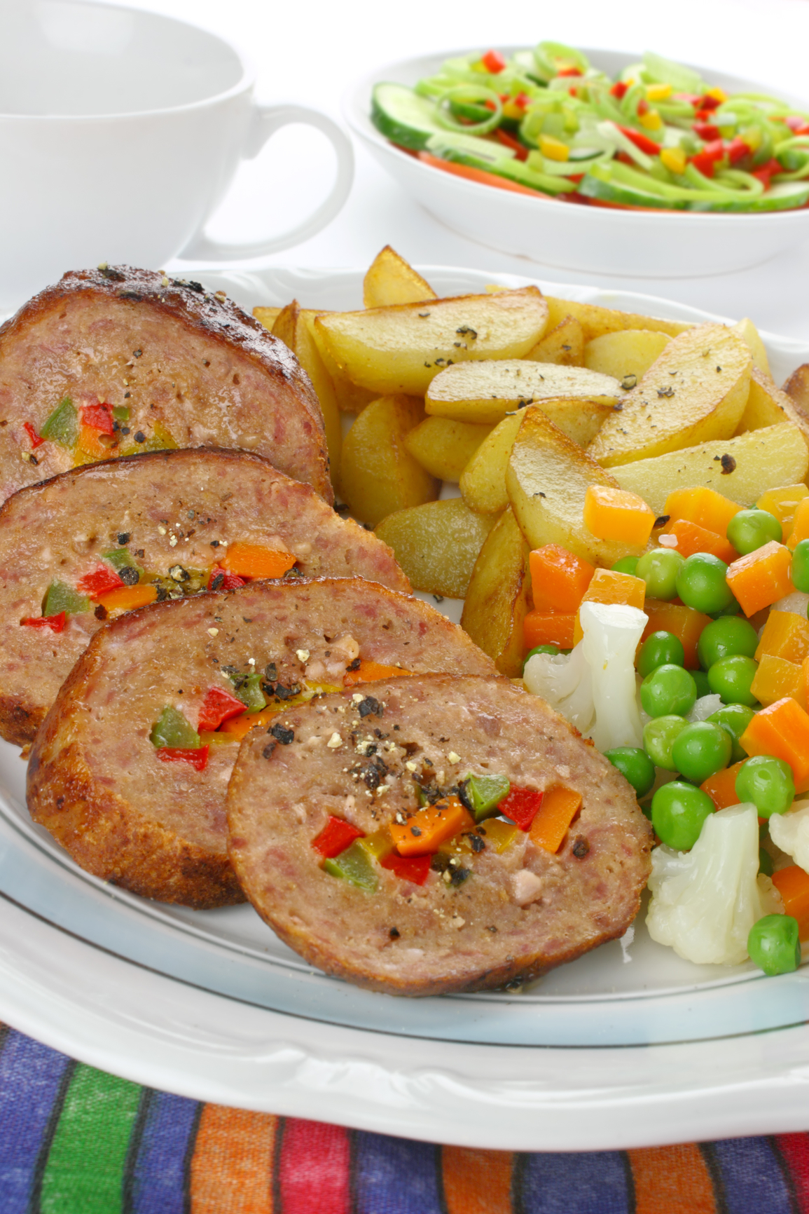 Carne picada rellena con verduras