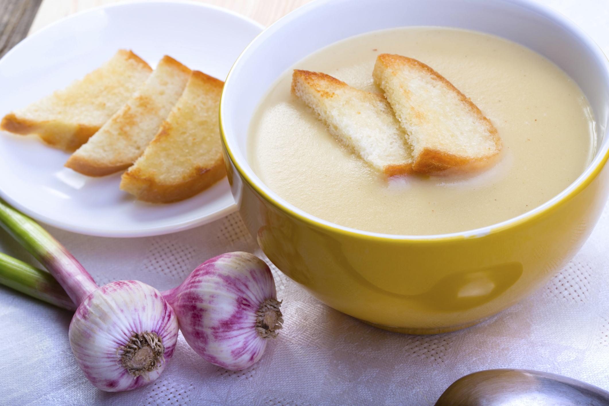 Crema de patatas y cebollas