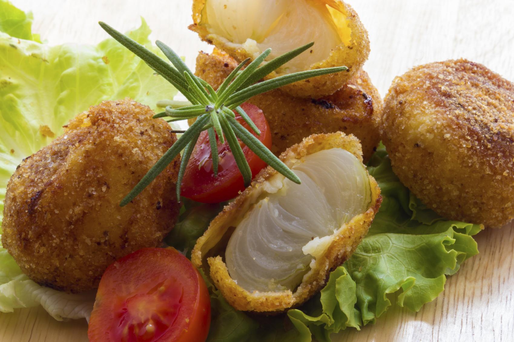 Croquetas de merluza y verduras al vapor