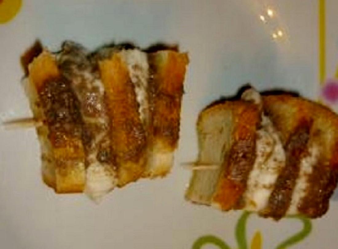 Crostini Mozzarella e acciughe alla Giuseppe