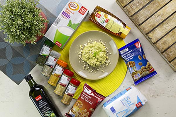 Dados de cerdo ibérico con salsa de brocoli