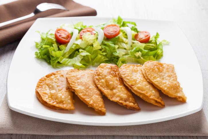 Empanadillas de atún, pimiento y huevo