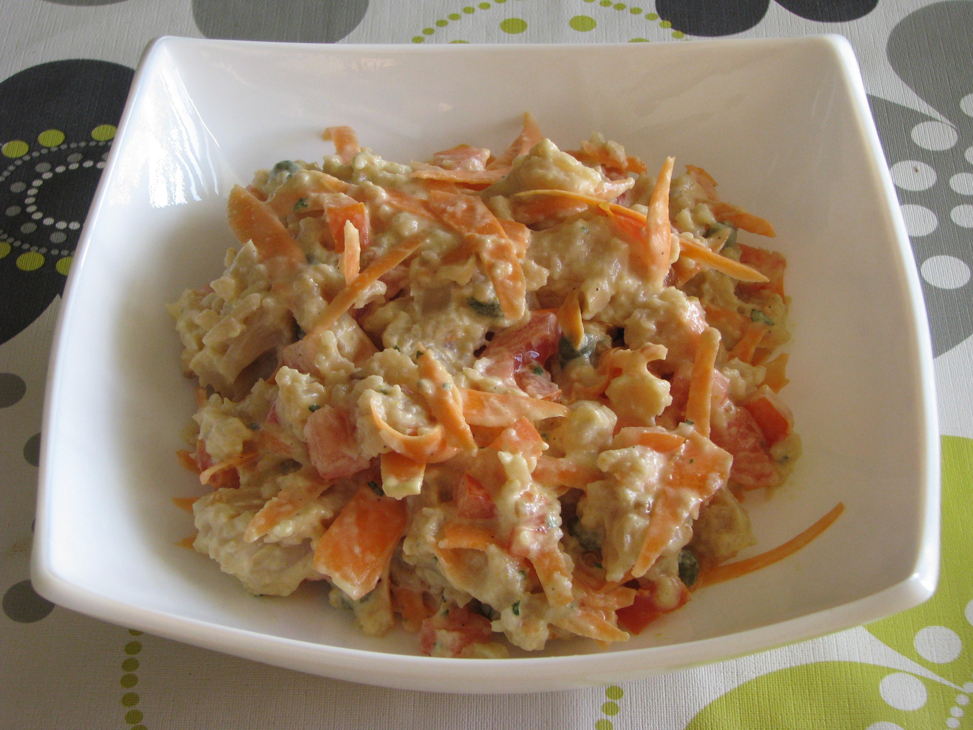 Ensalada de coliflor con salsa de mostaza