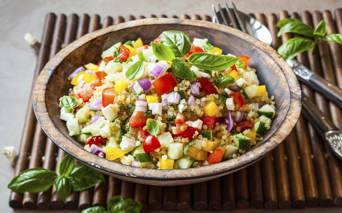 Ensalada veraniega con quinoa