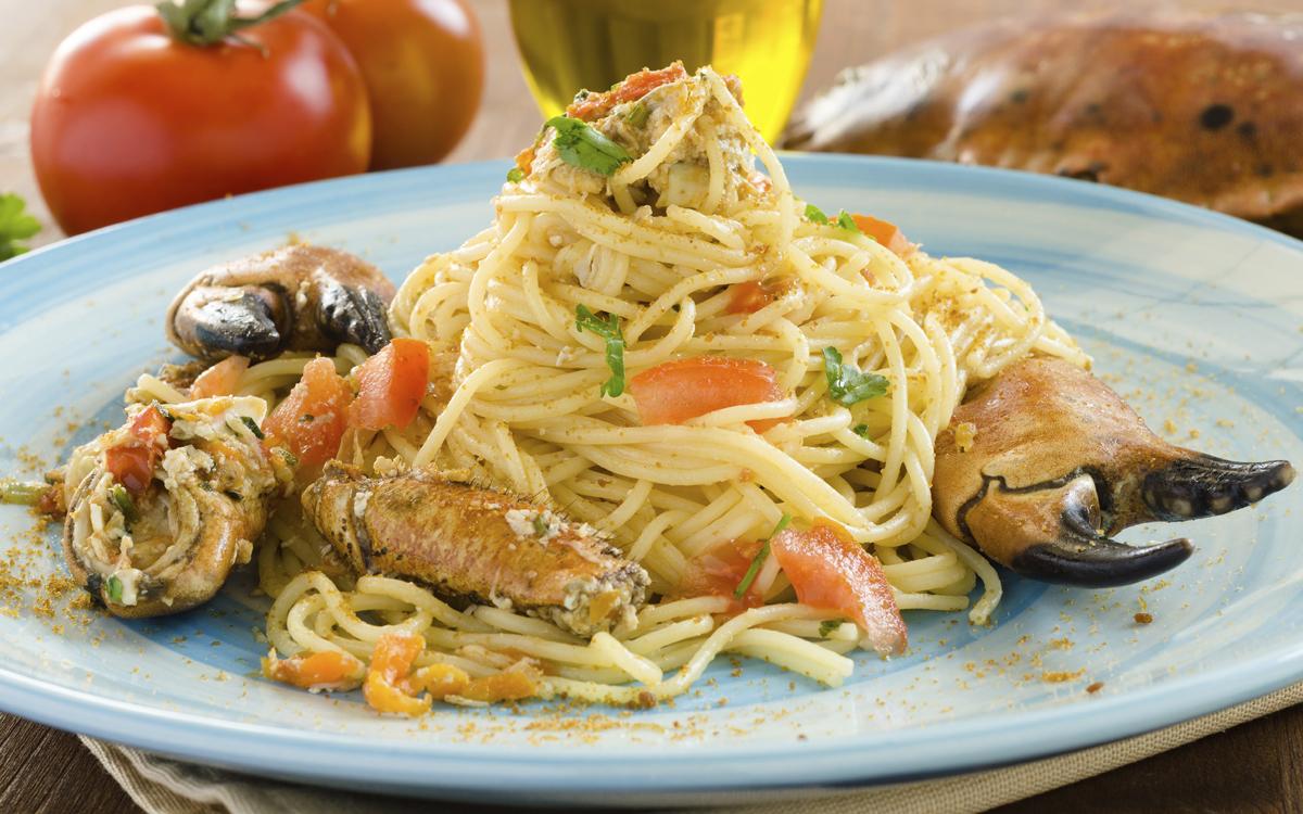 Espaguetis Con Buey De Mar