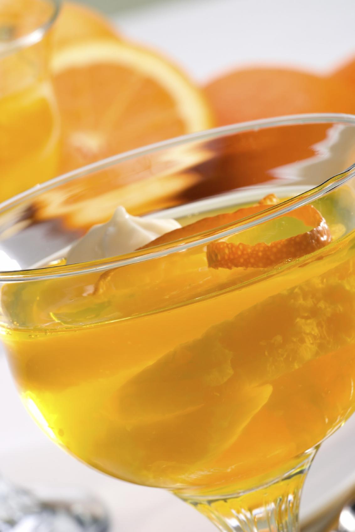 Gelatina de jugo naranja natural