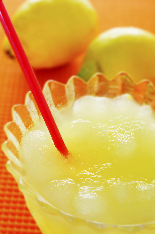 Granizado de limón con curaçao