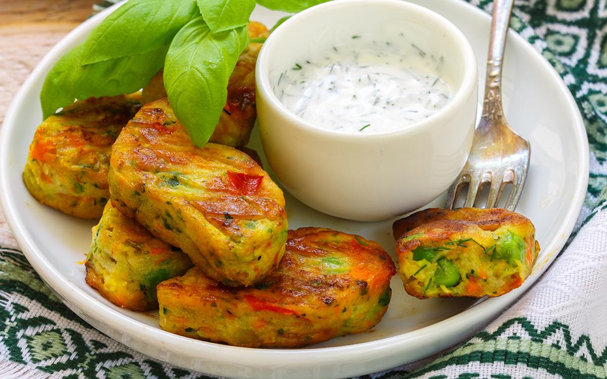 Hamburguesas veganas de patata con verduras