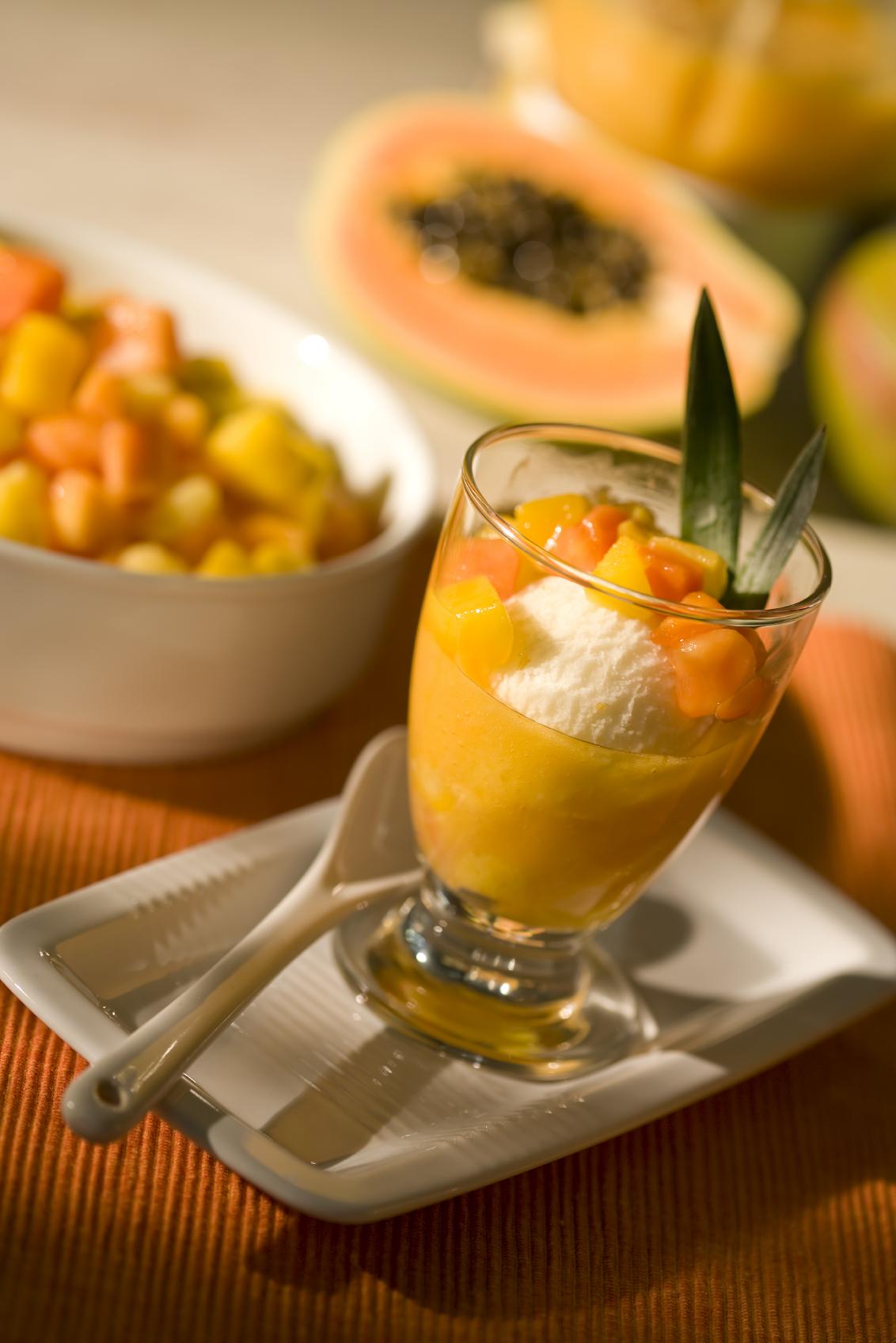 Helado de frutilla y mango