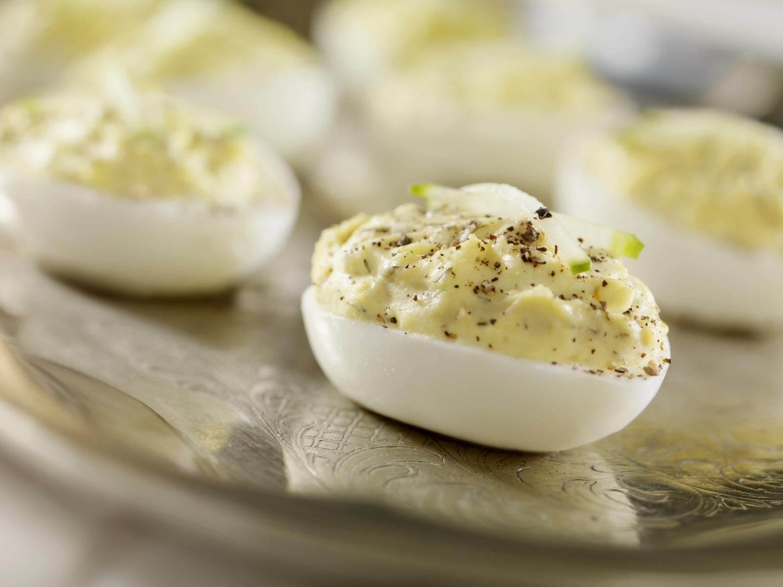 Huevos de corral rellenos