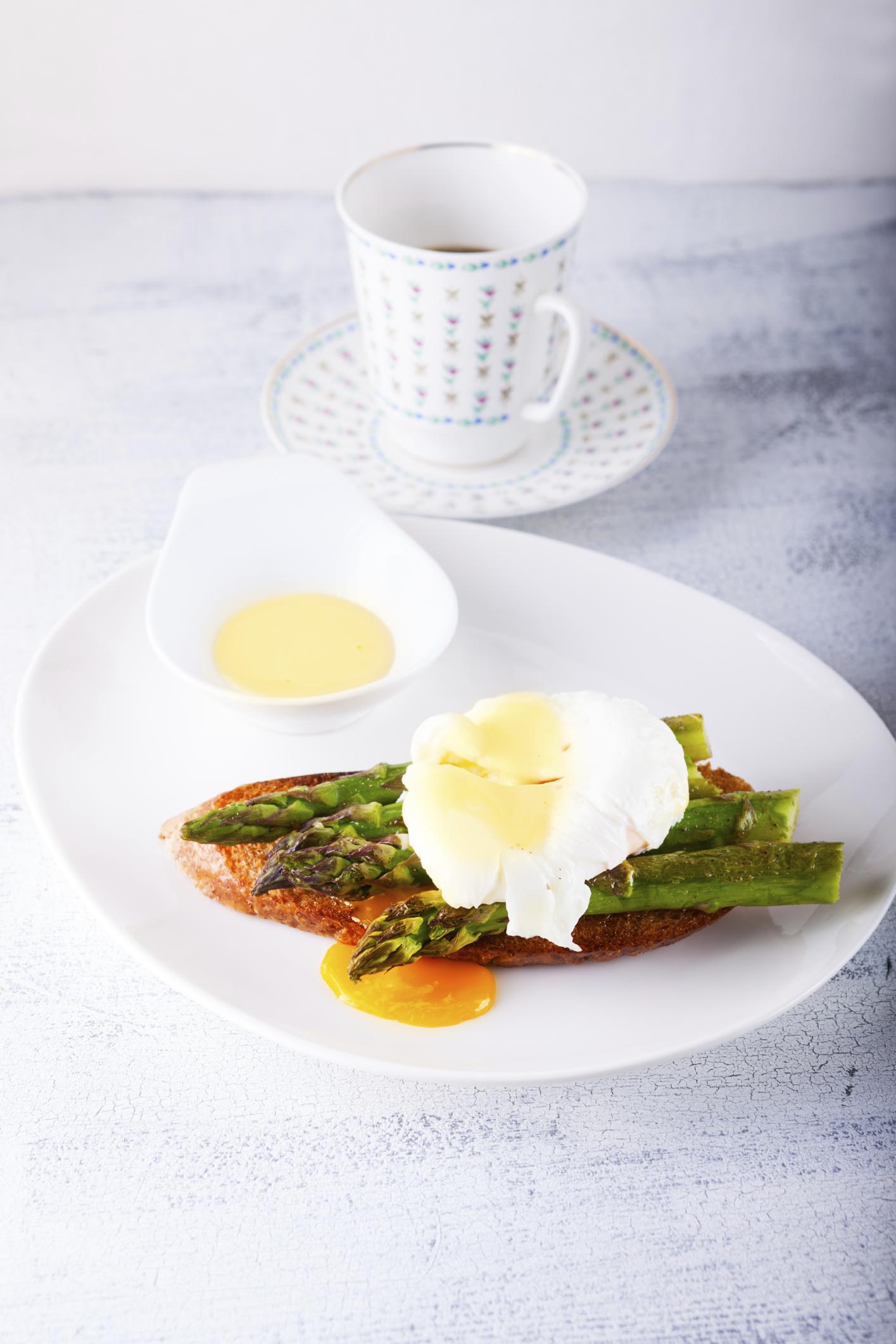 Huevos esparragados