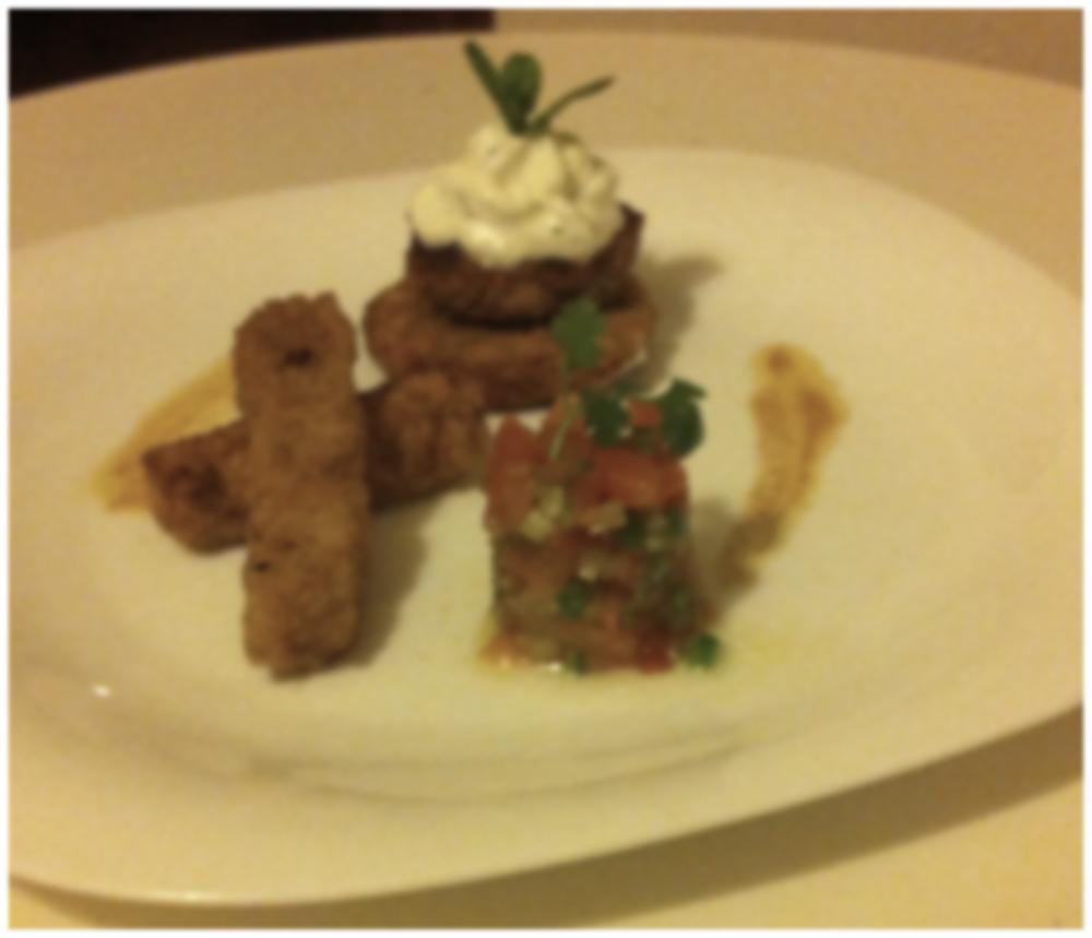 Keftas de cordero con crema de yogur y cuscus