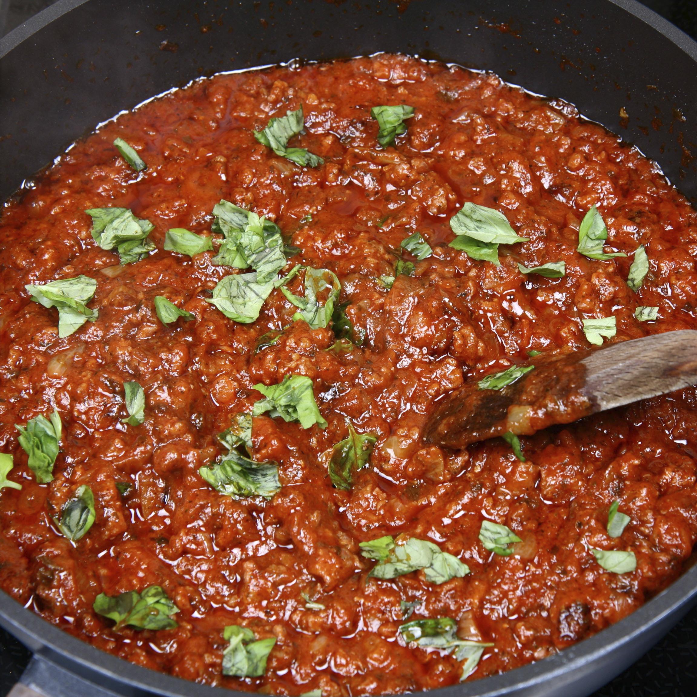 Salsa de carne y tomate para pasta