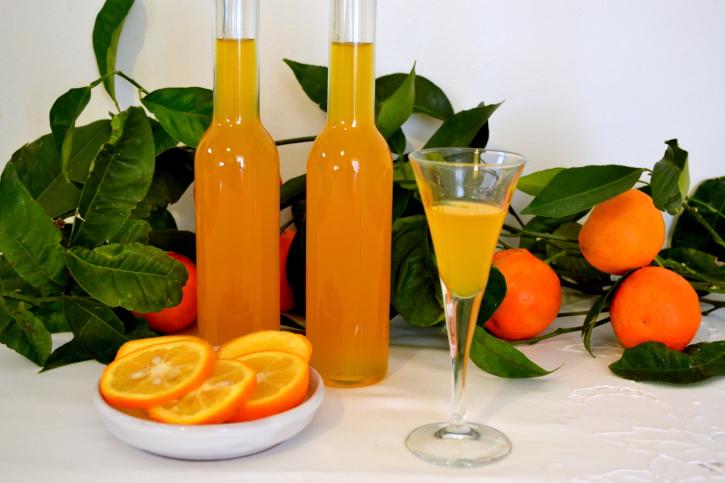 Licor rico de mandarina