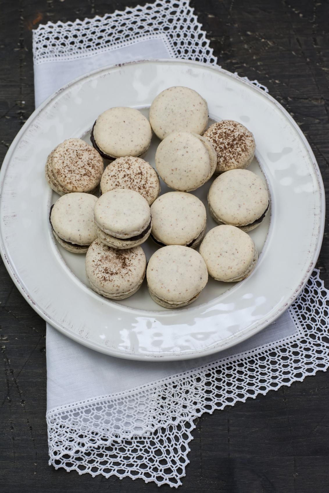 Macarons con ganache de chocolate