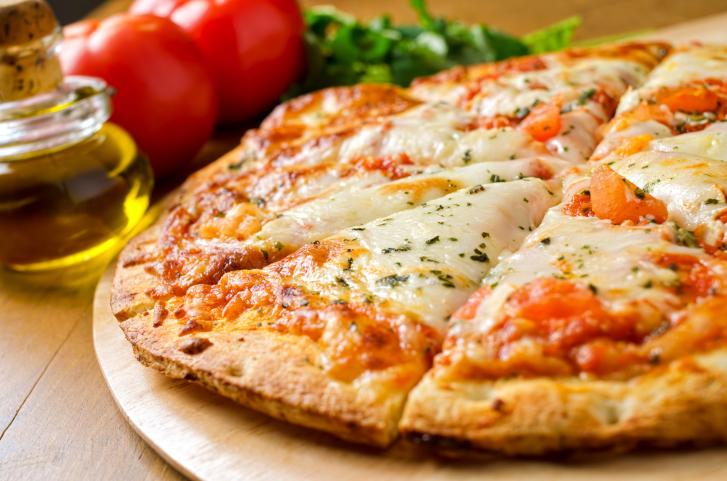 Masa de pizza crujiente - receta usuario