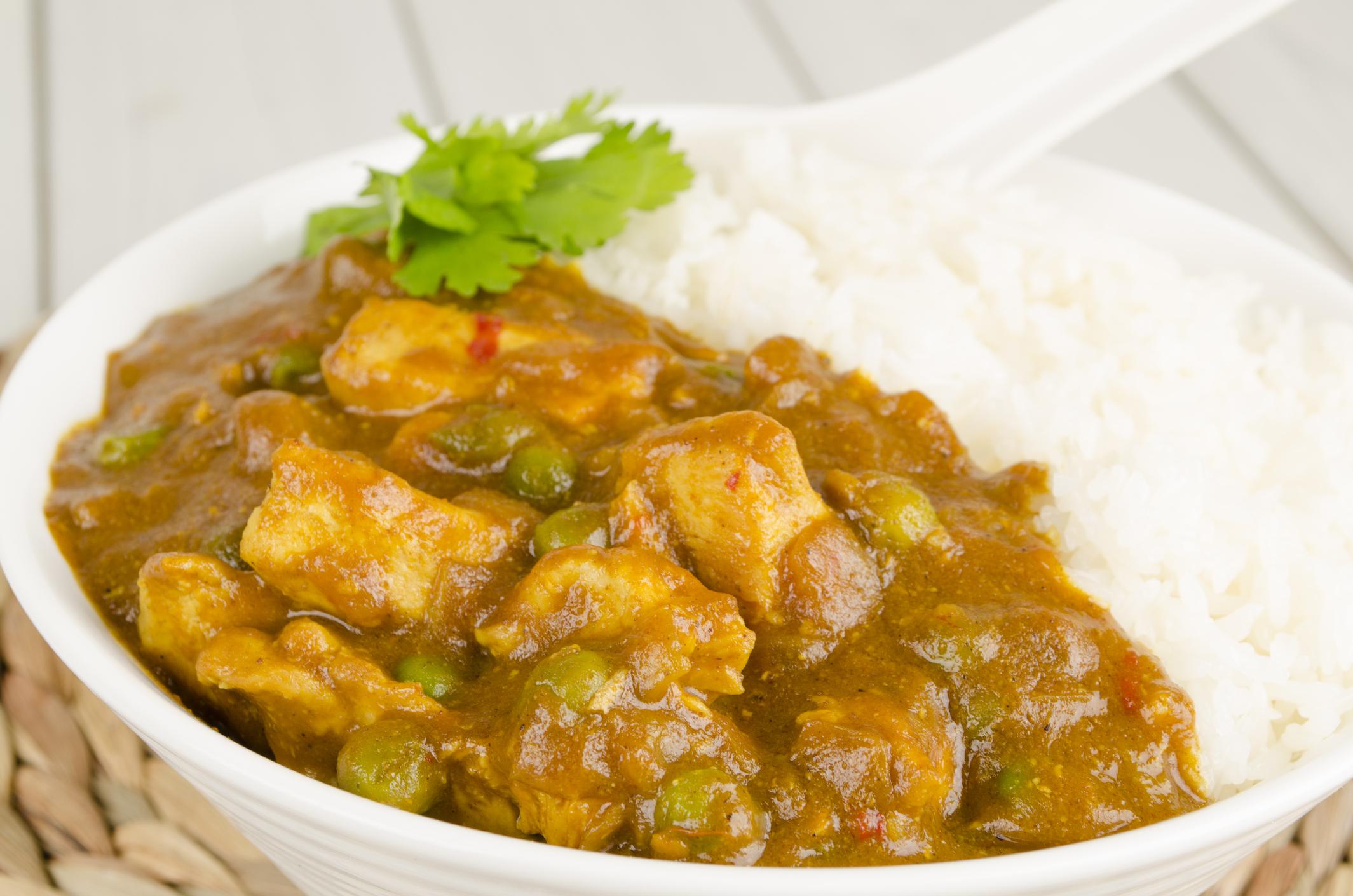 Pavo al curry con verduras