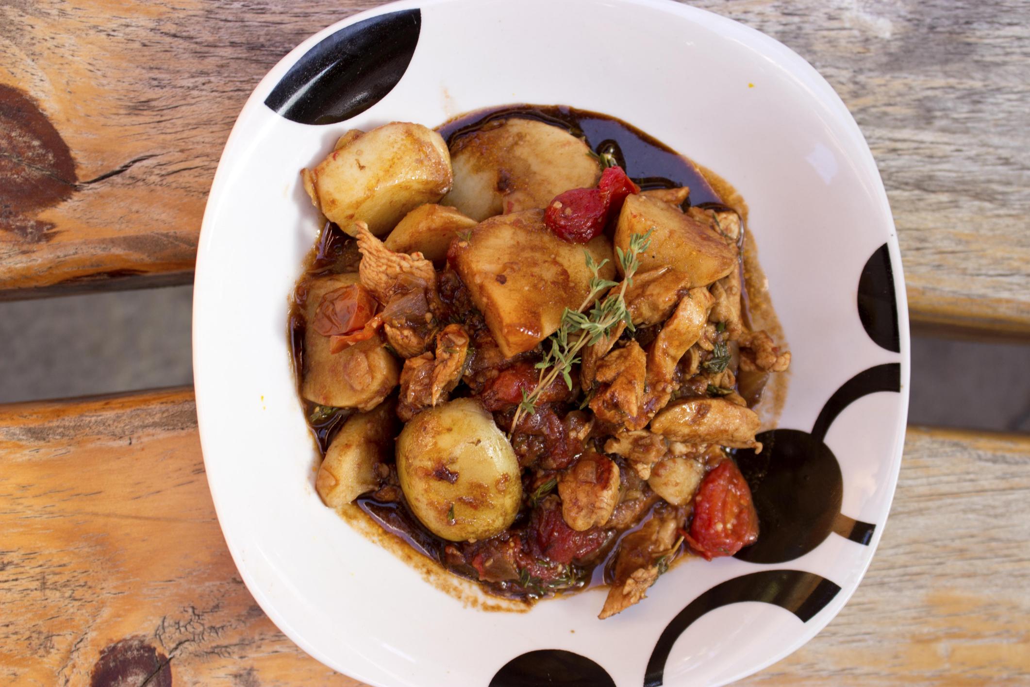 Pollo al tomillo y patatas