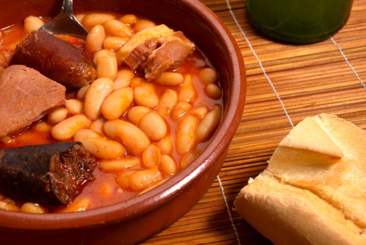 Tradicional olla podrida de Burgos