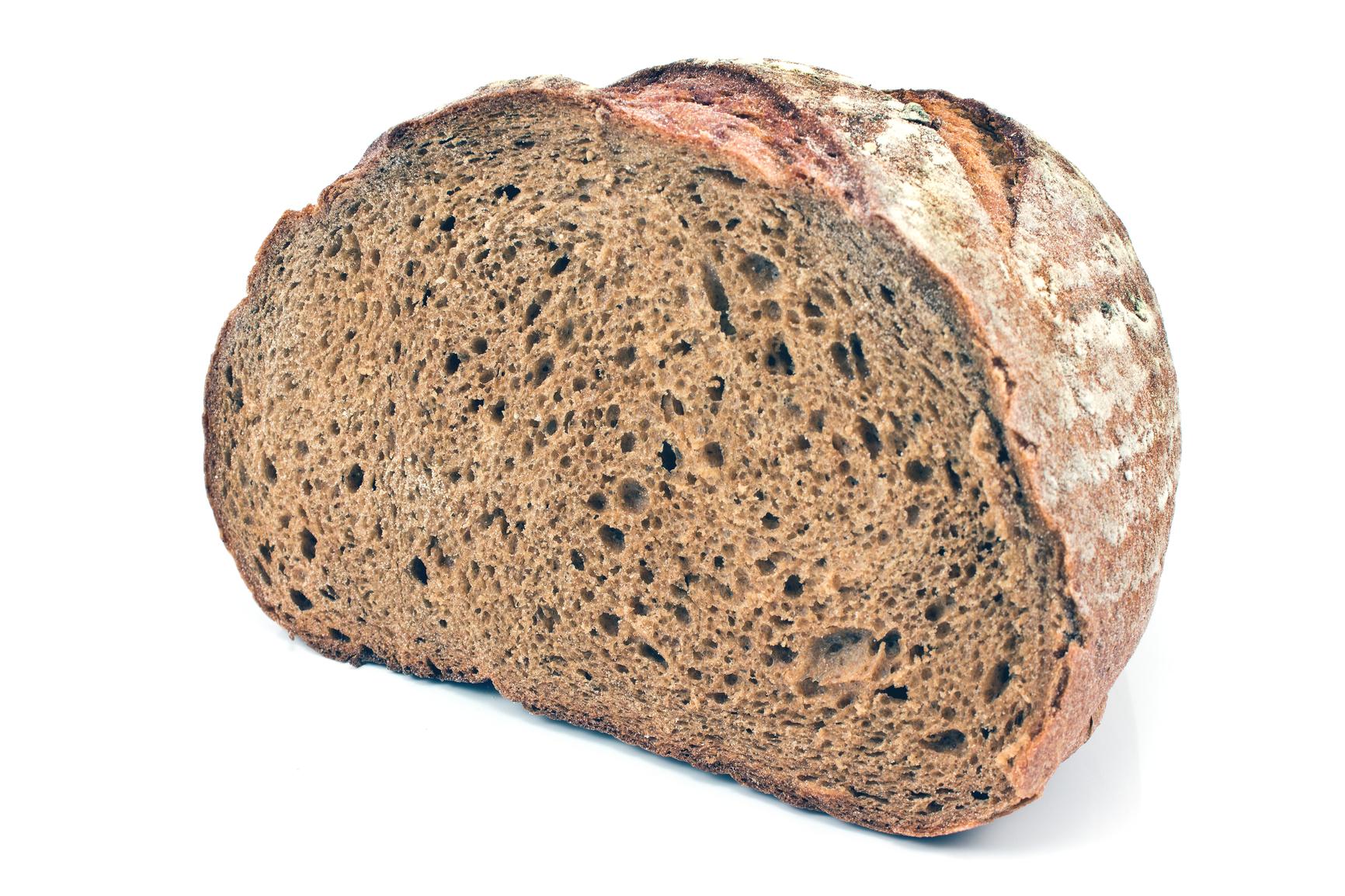Pan negro casero