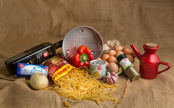 Pasta al horno con verduritas y huevo