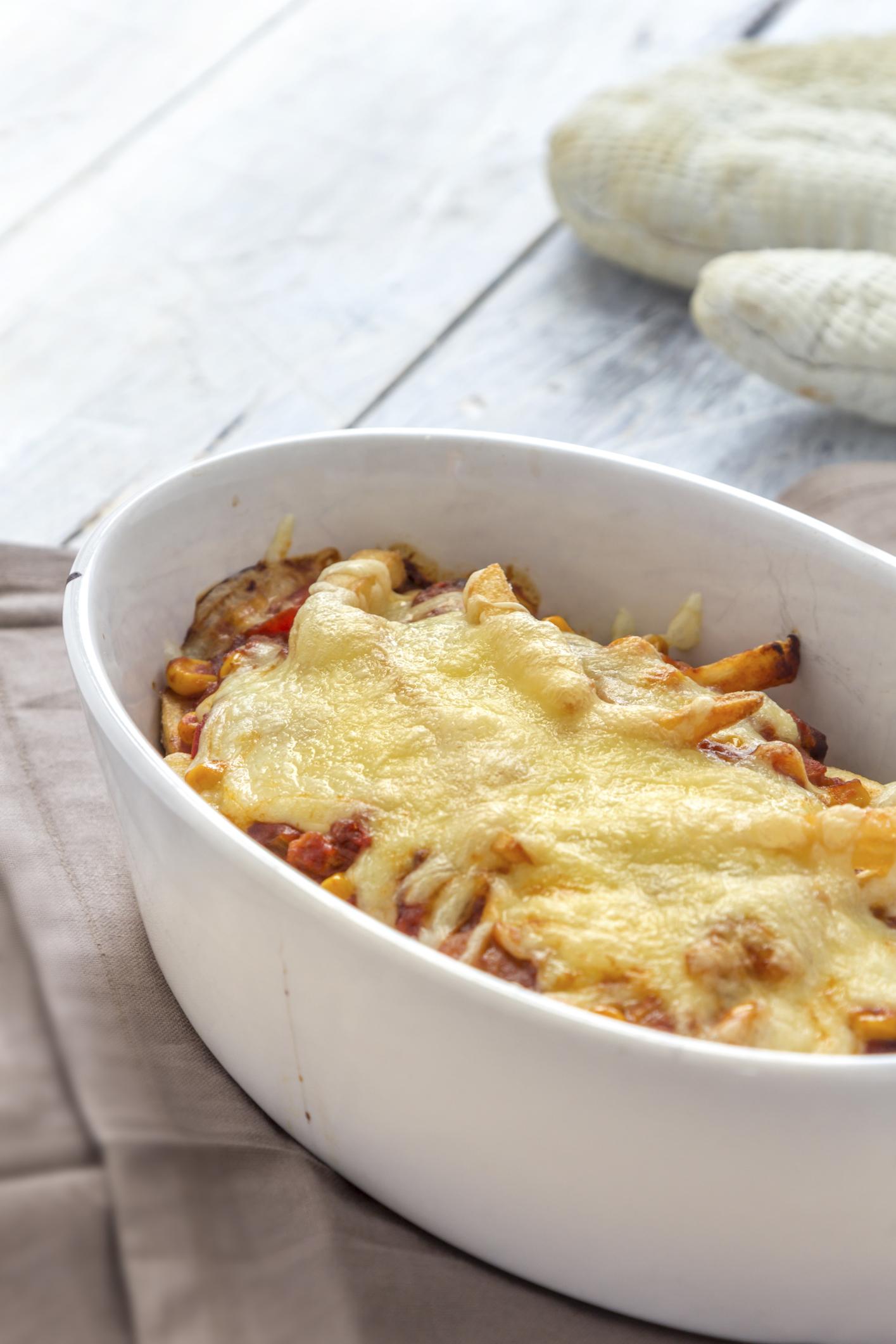 Patatas con bacon y queso (mozzarella)