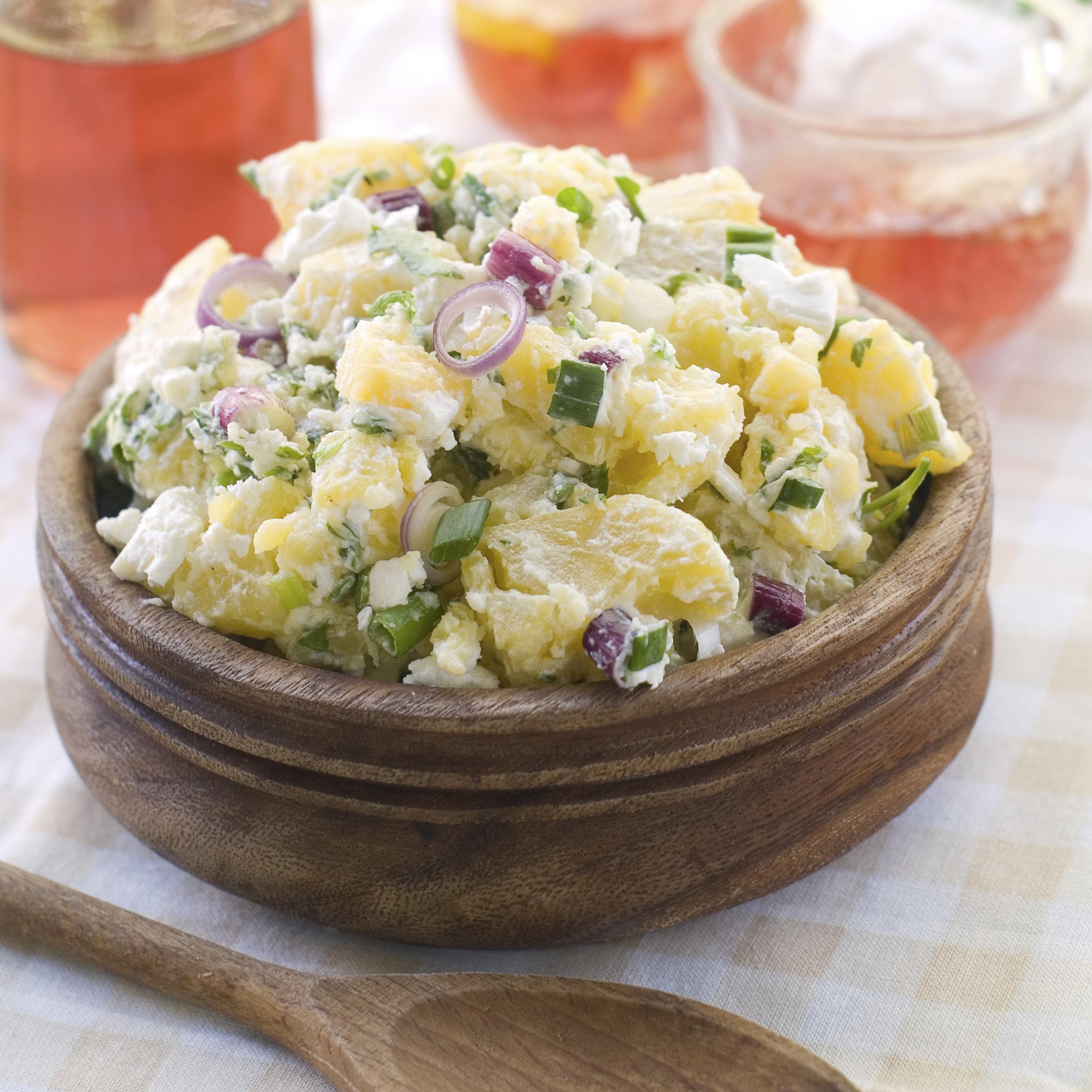 Patatas con sepia y mayonesa