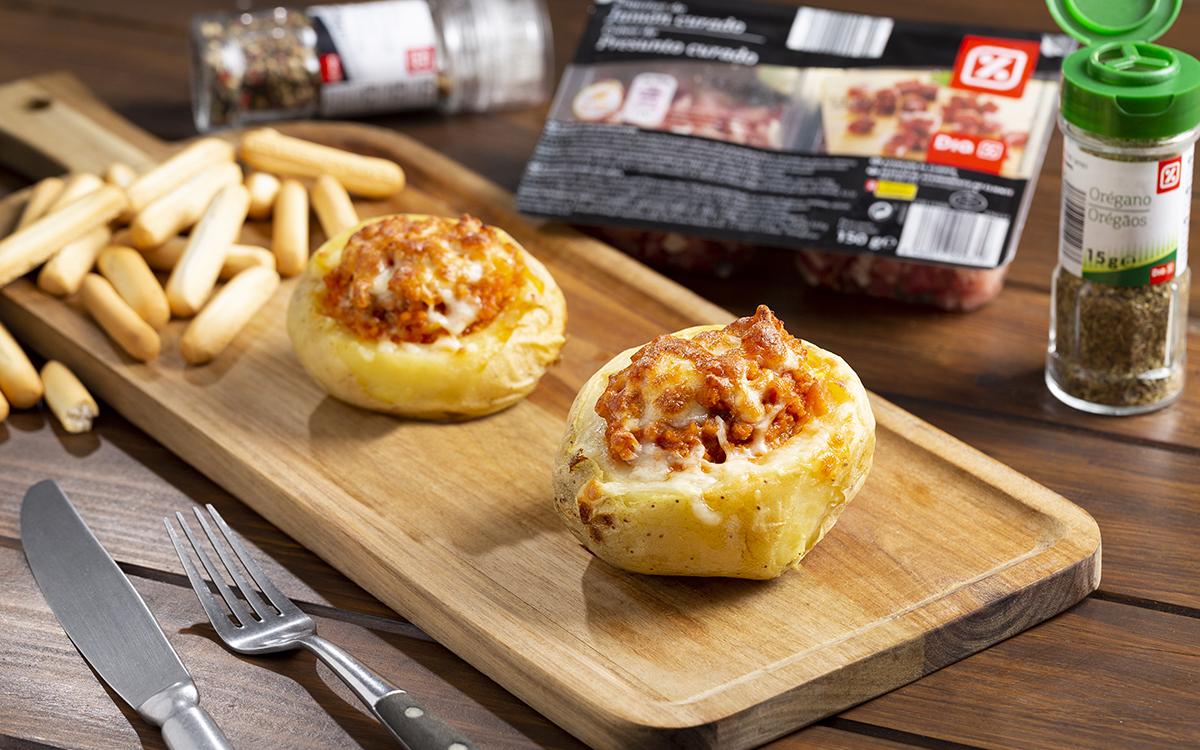 Patatas asadas rellenas de carne