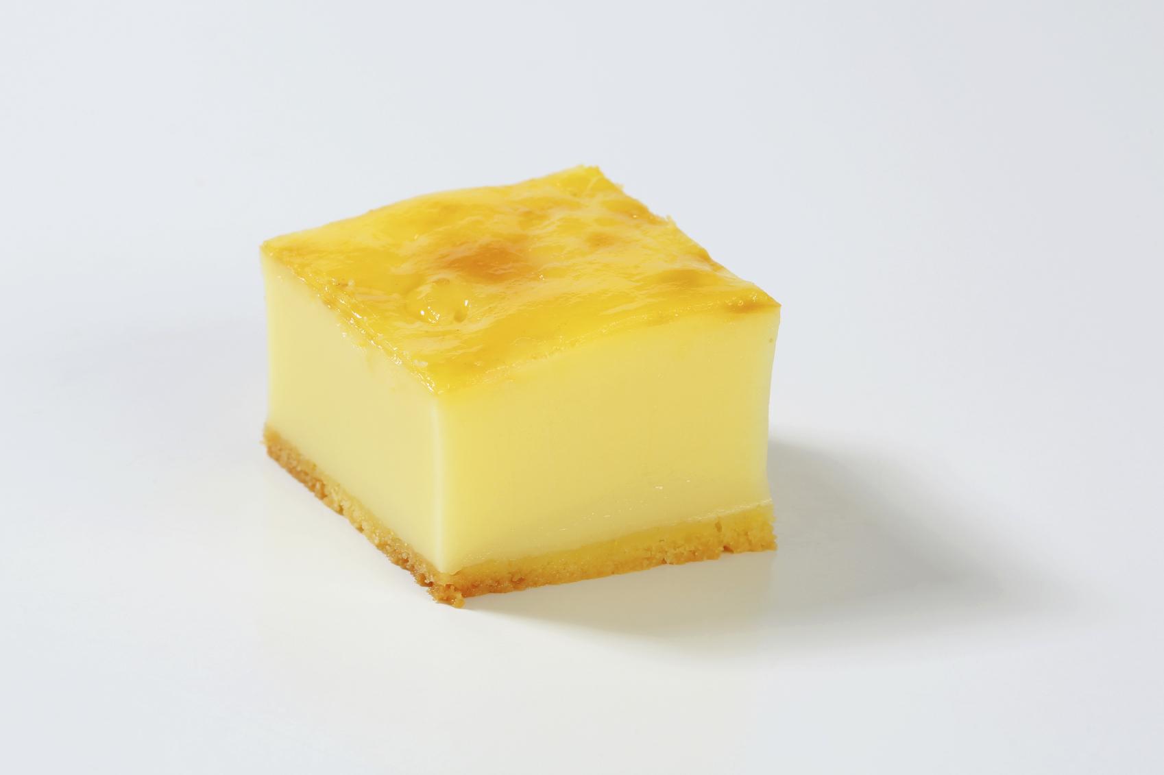 Pay helado de queso con gelatina