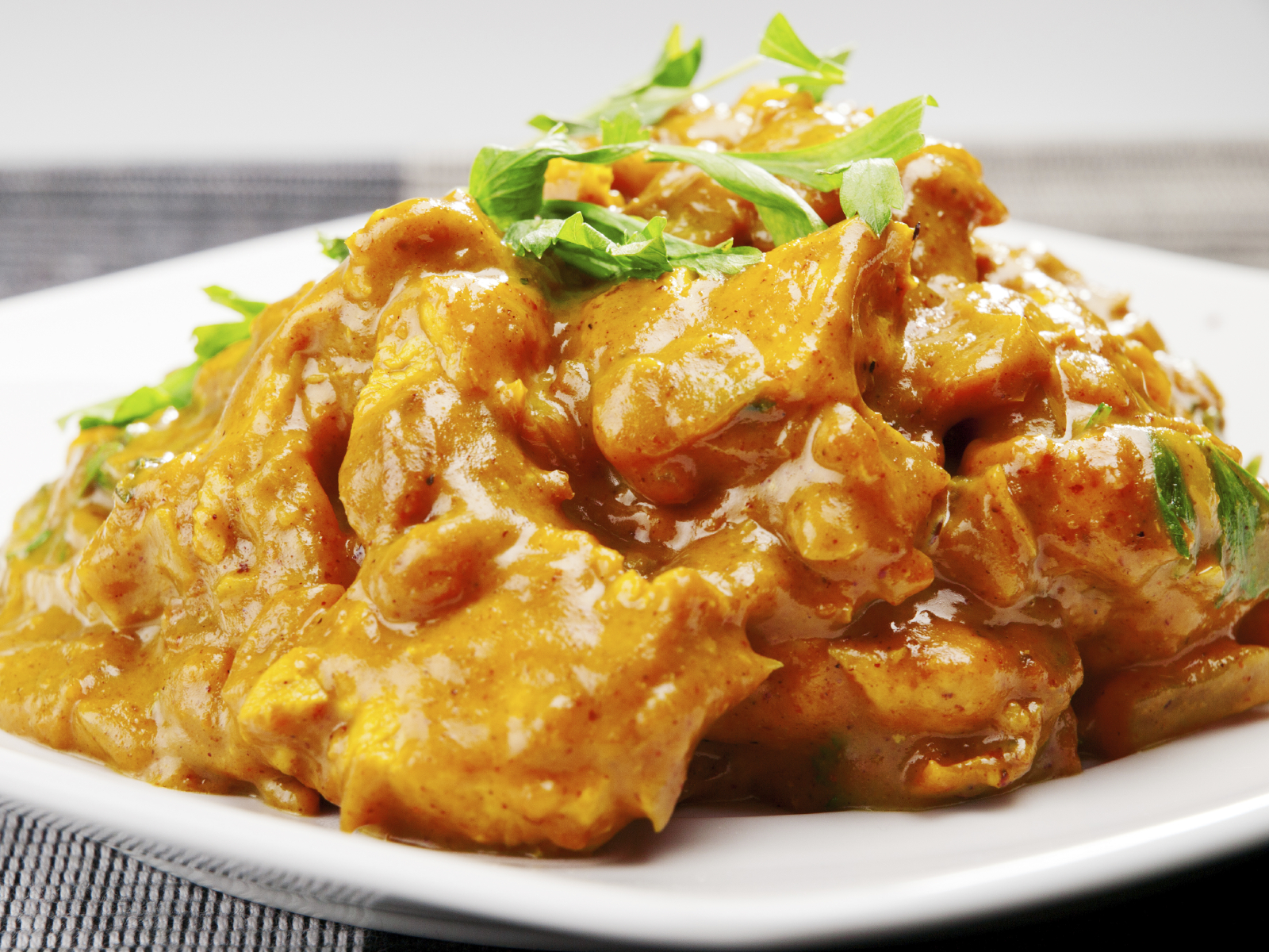 Pechugas a la pimienta y al curry...
