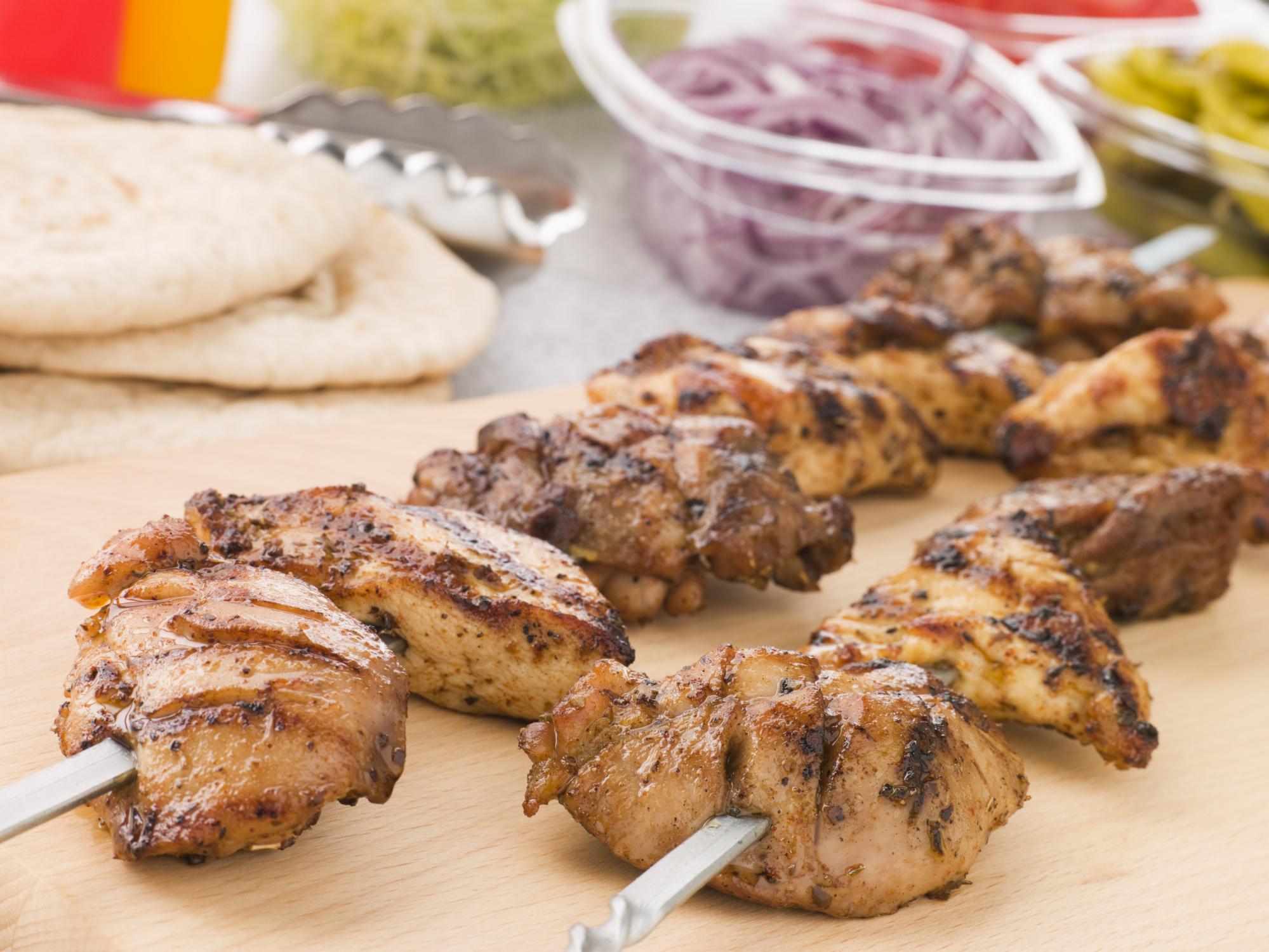 Pinchos de pollo adobados