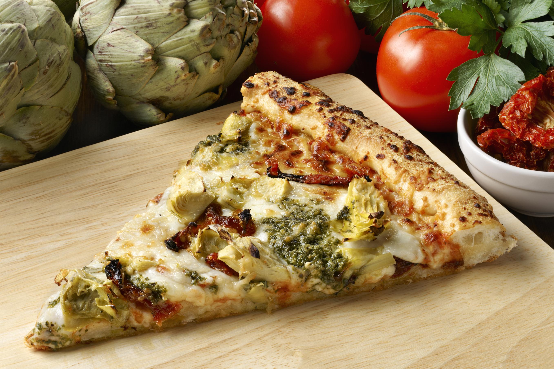 Pizza con alcachofas