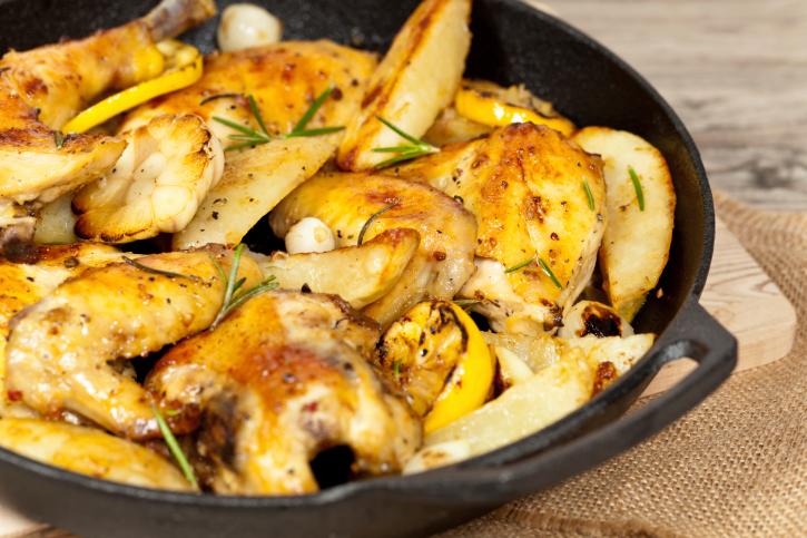 Pollo al horno al romero